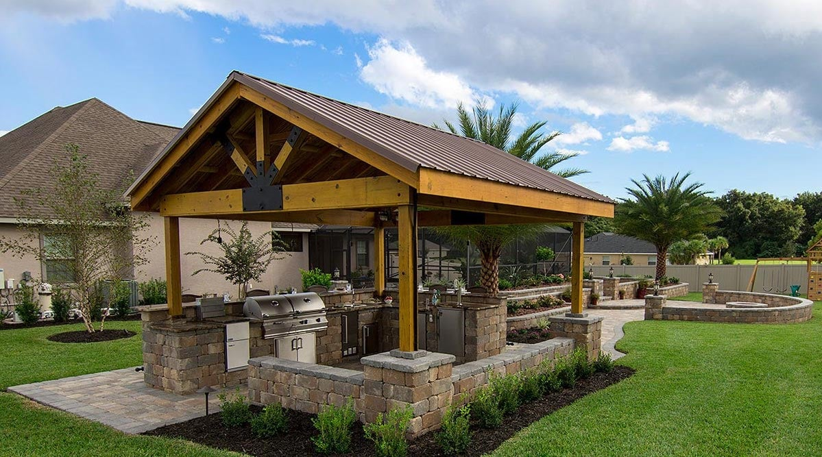 Brick Pavers for Outdoor Kitchens