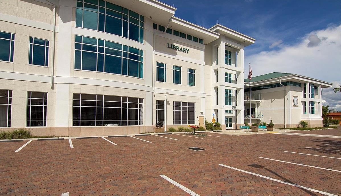 Commercial Building Pavers