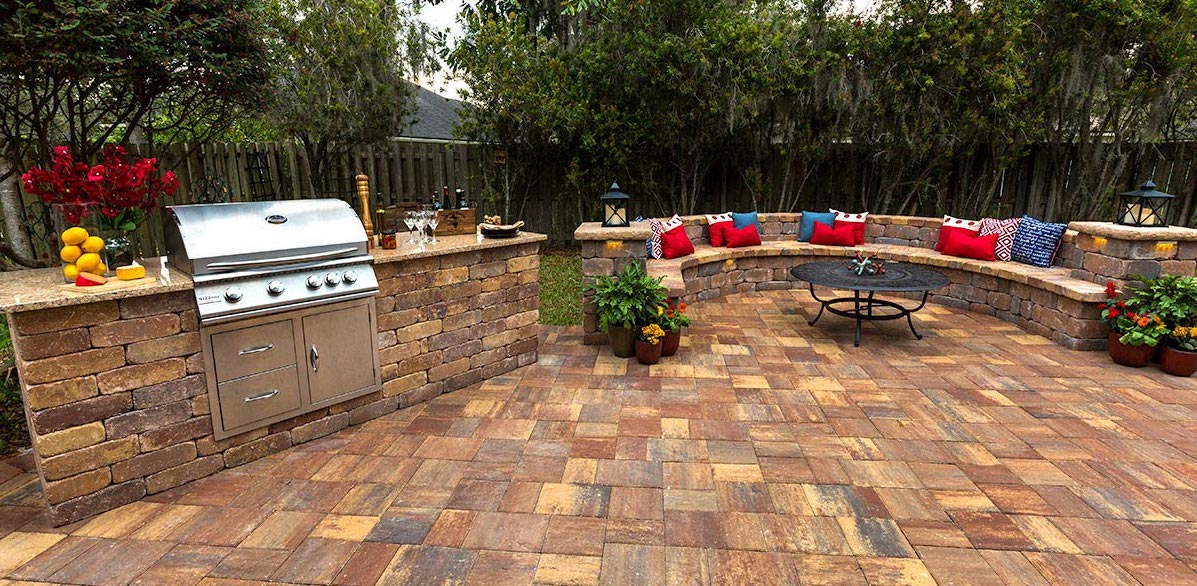 Outdoor Kitchen Area Pavers