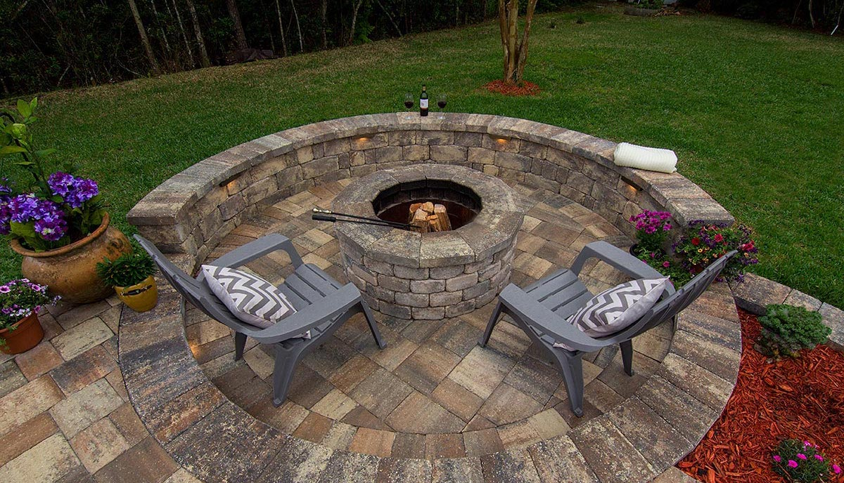 Outdoor Pavers for Fire Pits