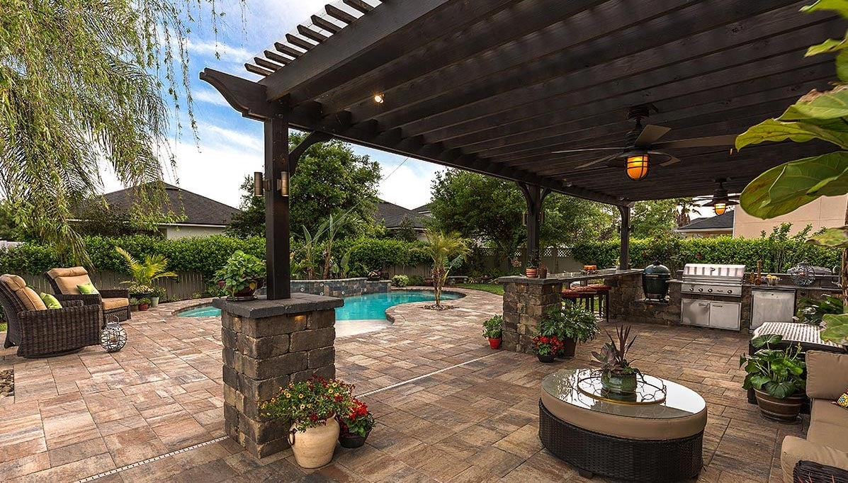 Pavers for Outdoor Kitchen