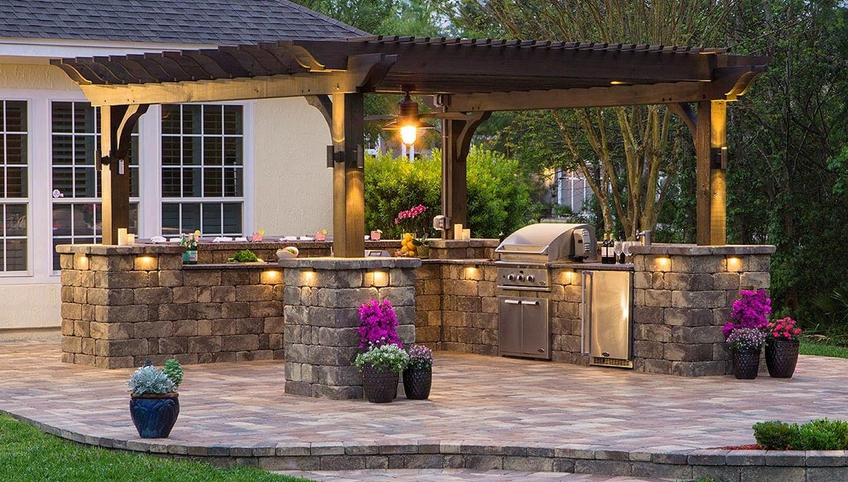 Stone Pavers for Outdoor Kitchens